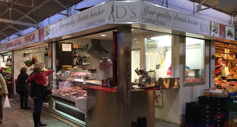 DS Portals carniceria productos ingleses en Mercado de Santa Catalina