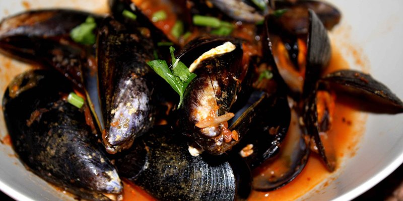 Season recipe: seafood mussels