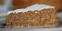 Traditional recipe from Mallorca: Almond cake