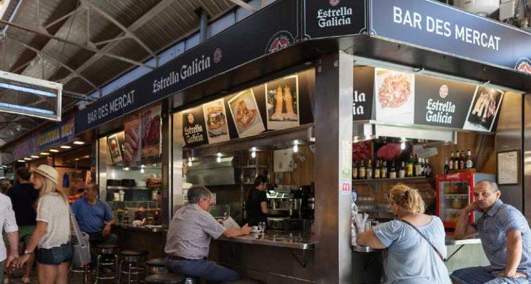 Bar Es Mercat en mercado de santa catalina en mallorca