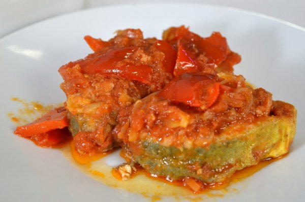 Llampuga with peppers