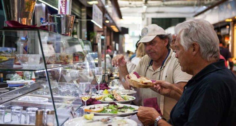 Marisqueria Ca S Ostra y cava en Mercado de santa catalina mallorca