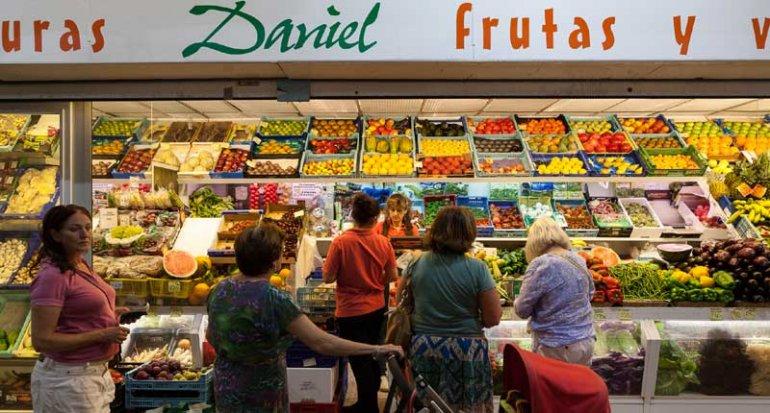 Frutas y verduras Daniel productos selectos en Mercado de Santa Catalina Mallorca